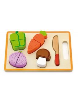 Tabla madera verduras cortadas